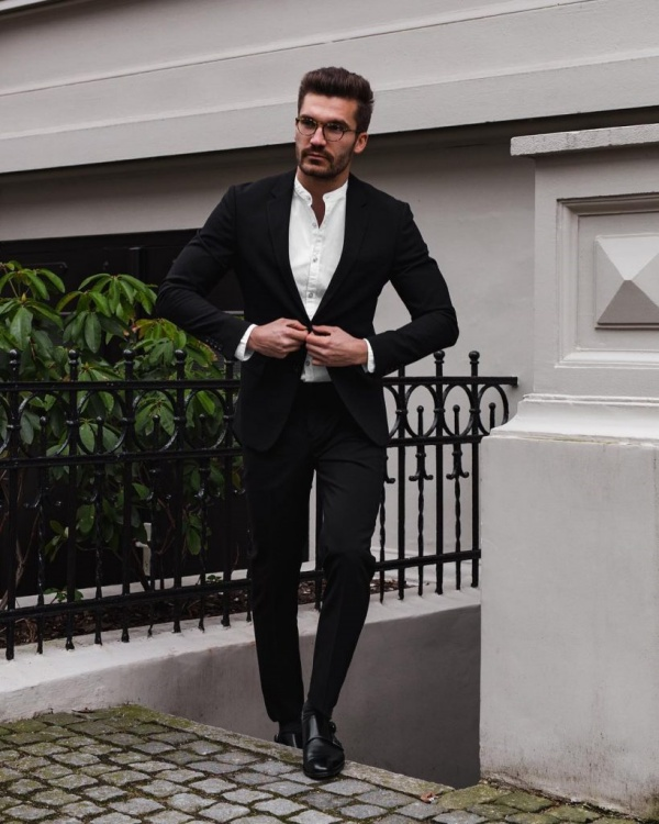 Classy Formal Outfits For Men To Look Stylish