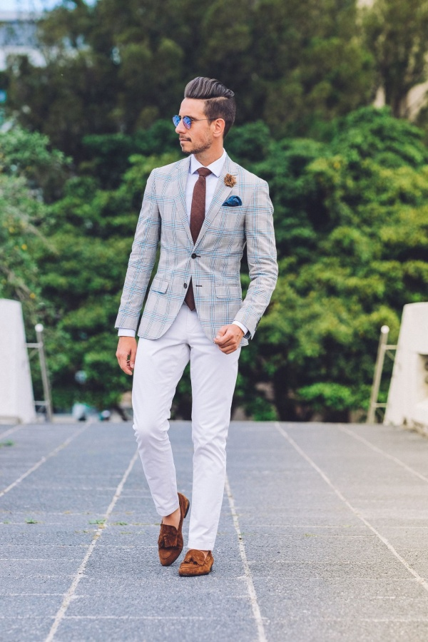 Charming White Shirt Outfits For Men