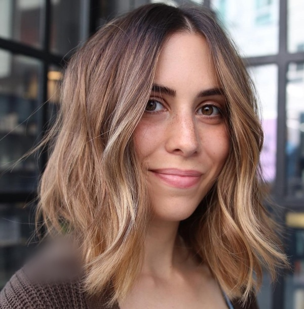 Best Hairstyles For Women With Long Faces