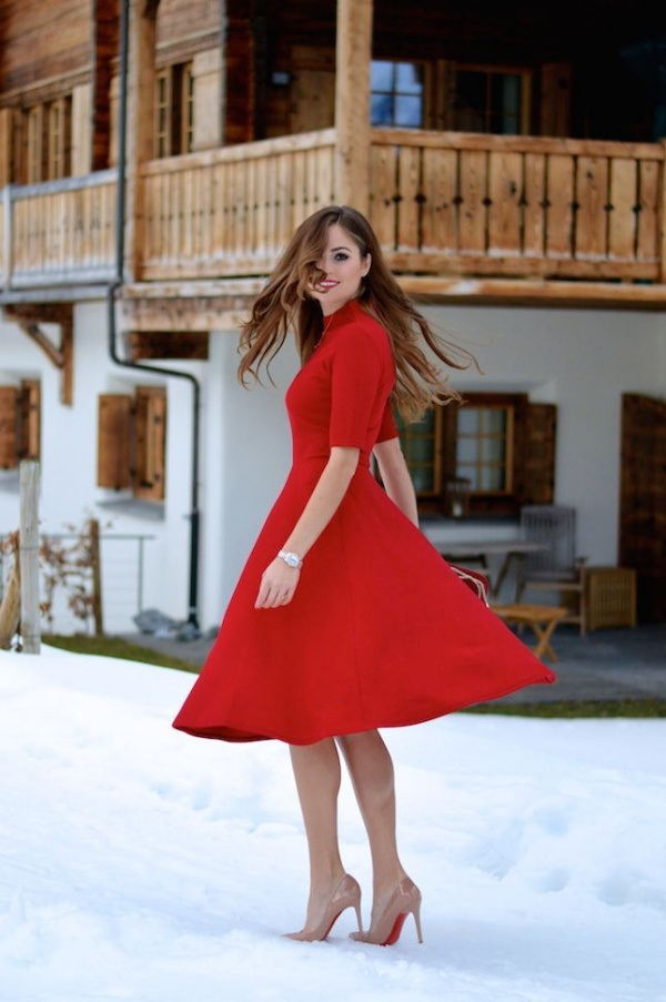 What Color Shoes To Wear With Red Dress